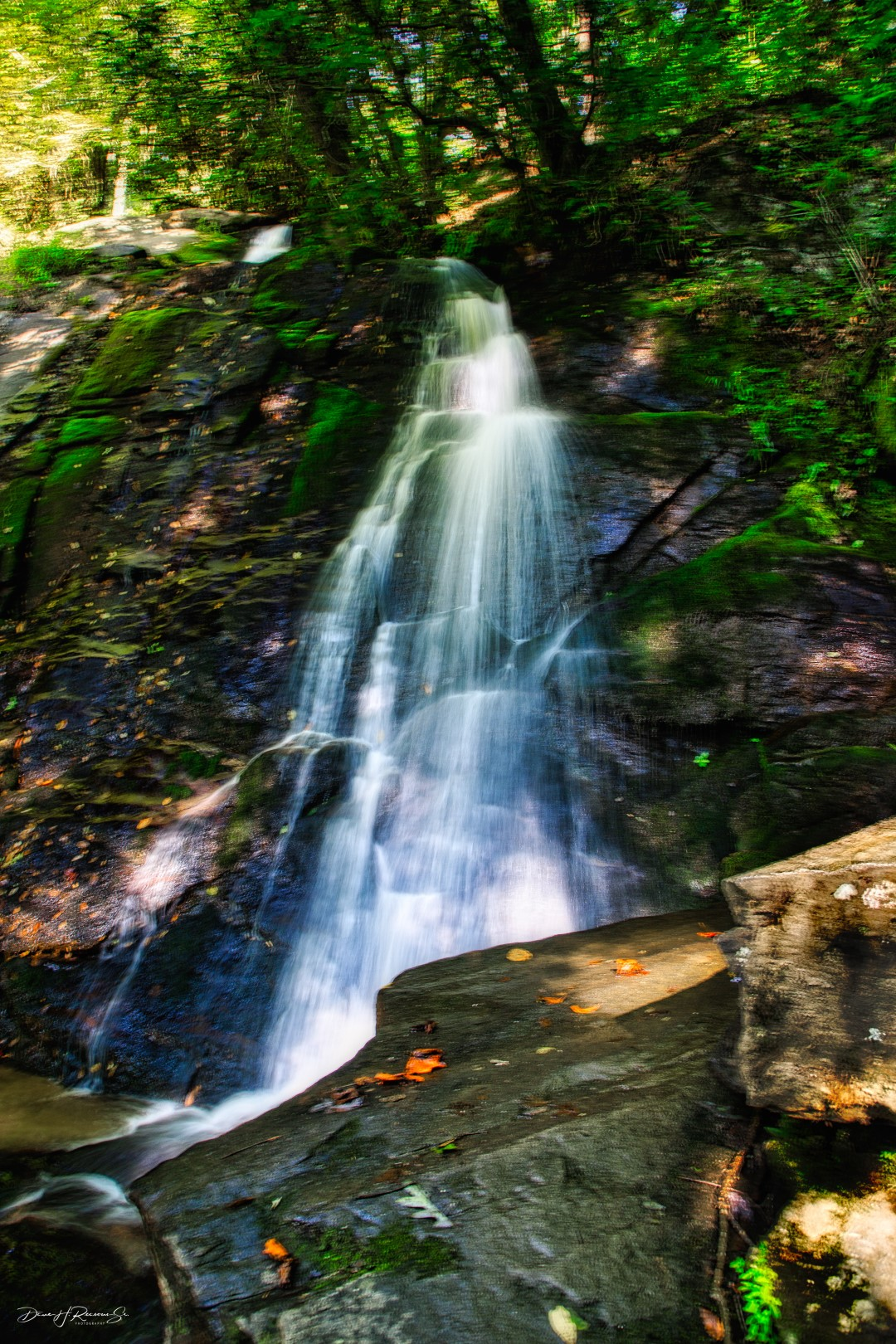 The name of this falls is a Cherokee phrase which translates to